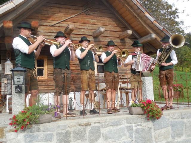 Alpenländische Volksmusik zum Nikolo
