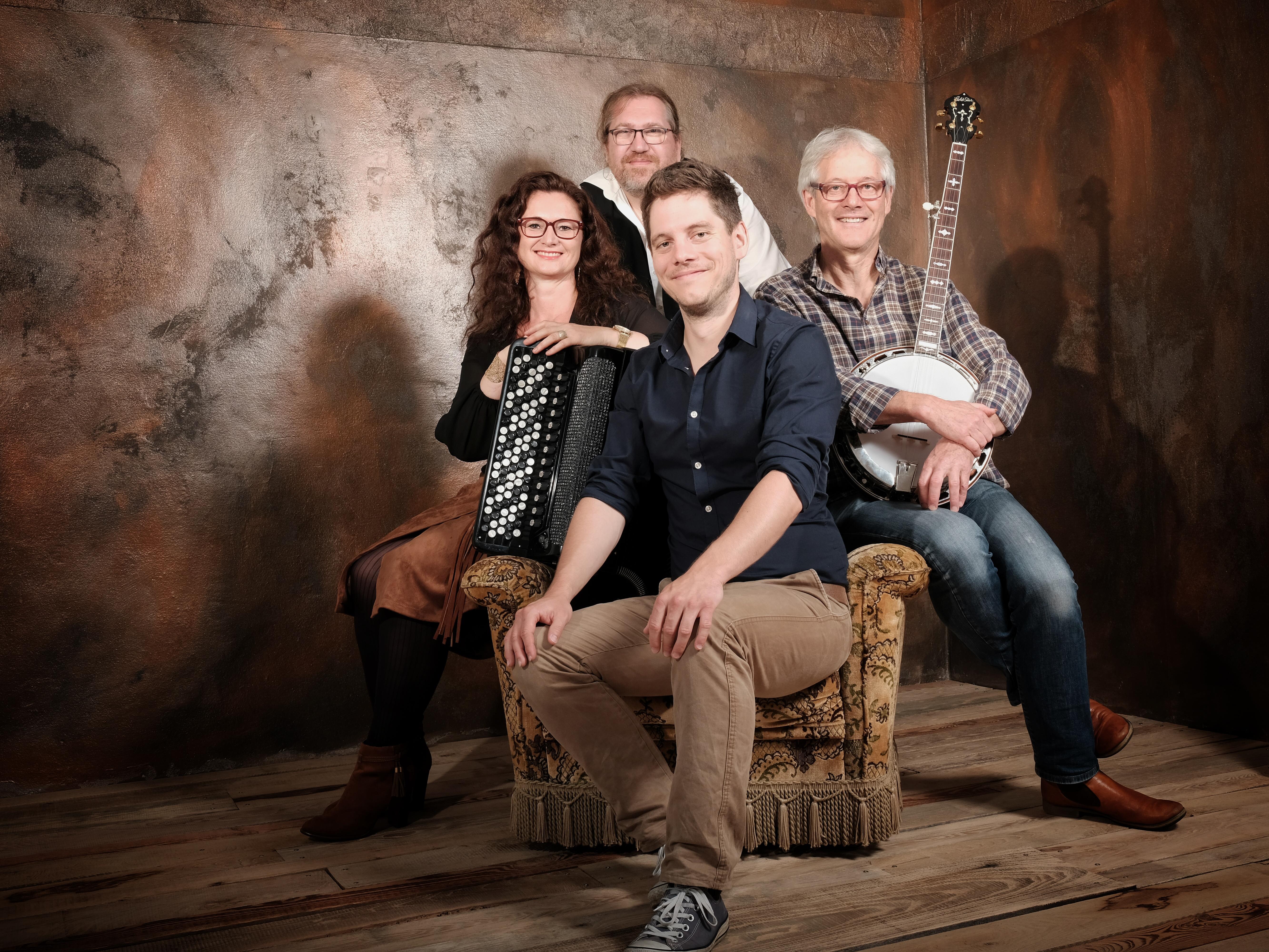 Jubiläumskonzert 40 Jahre Medley - Folk-Kultband aus Oberösterreich